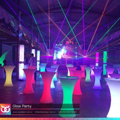 neon-party-backdoor-organizasyon